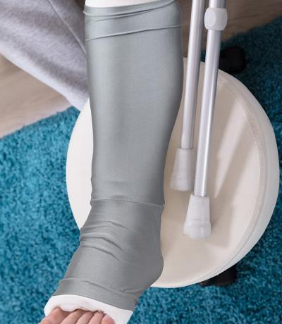 LimbO Cast Sleeve Leg Small Silver Stool